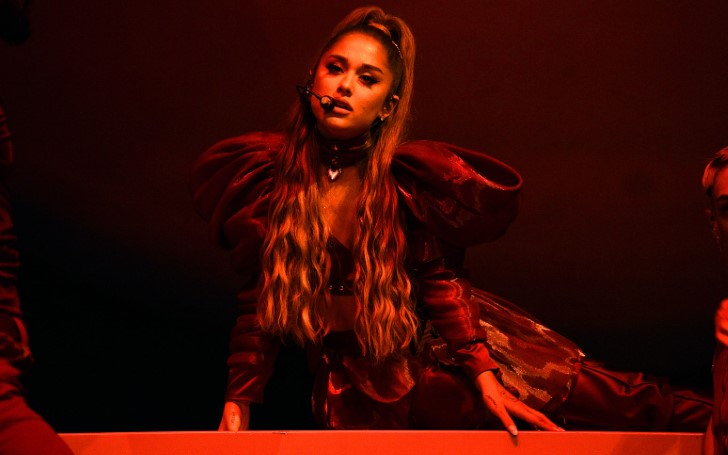 Ariana Grande Headlined At Lollapalooza This Past Weekend With The First Performance Of 'Boyfriend'